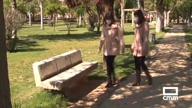 Castellar y Cristina, dos jóvenes gemelas de Villarrubia de Santiago (Toledo), con