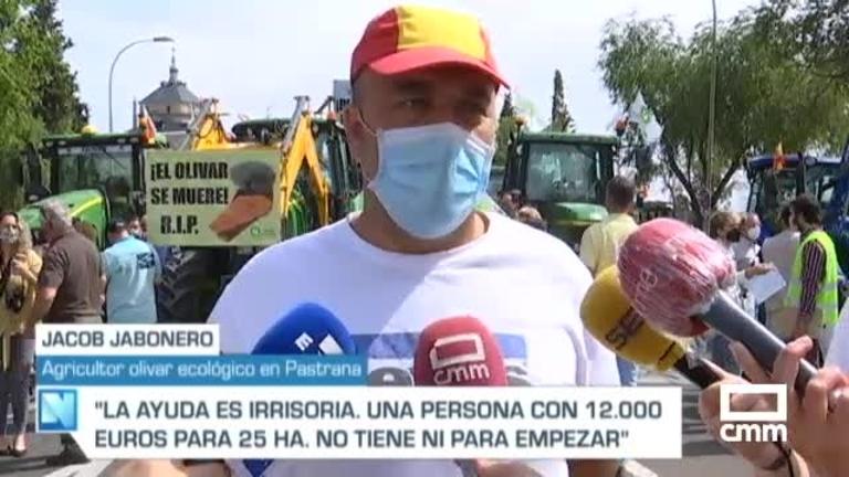 Tractorada en el centro de Toledo para reclamar ayudas por los daños de Filomena