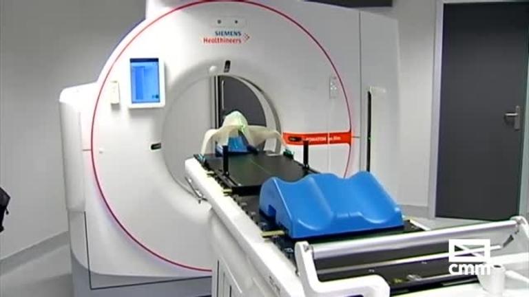 Toledo ya tiene servicio de Radioterapia: su primer paciente, en el nuevo hospital