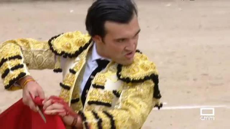 Toros mixta desde La Torre de Esteban Hambrán (Toledo)
