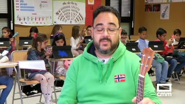 Un colegio de Ciudad Real introduce el ukelele en sus clases