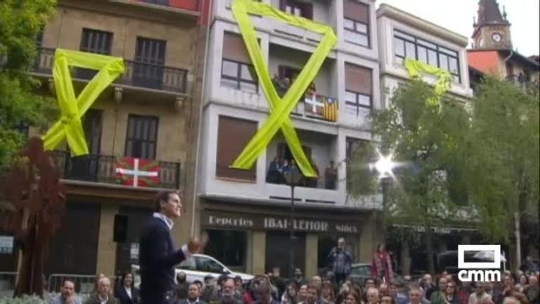 Ciudadanos: Albert Rivera recibido con insultos y gritos amenazantes, en Rentería (Guipúzcoa)